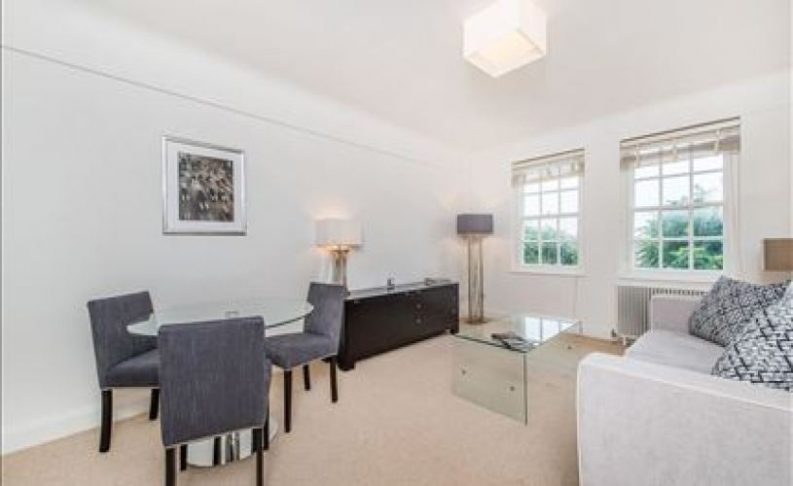 picture of 1 Bedroom(s) flat in  Pelham Court, Fulham Road, SW3