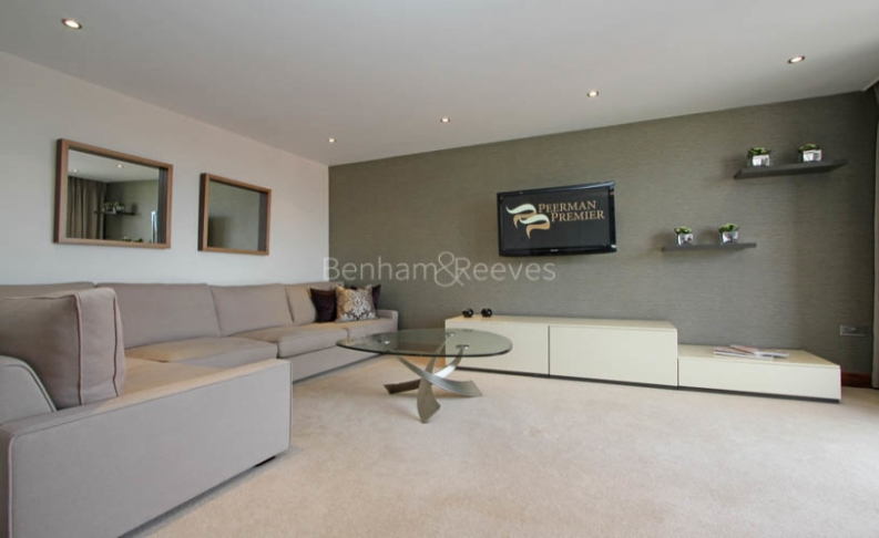 picture of 2 Bedroom(s) flat in  Kingston House South, Ennismore Gardens, South Kensington, SW7