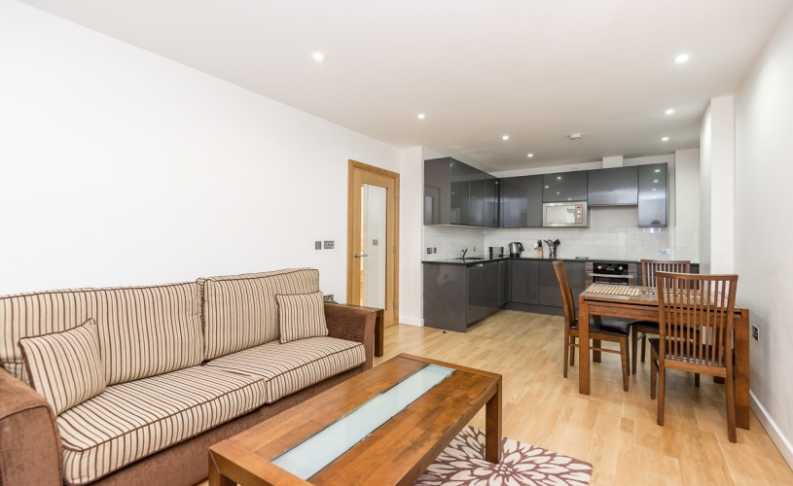 picture of 1 Bedroom(s) flat in  Colony Mansions, Earls Court, SW5