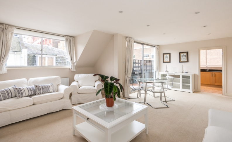 picture of 2 Bedroom(s) flat in  Prince Gate Mews, SW7