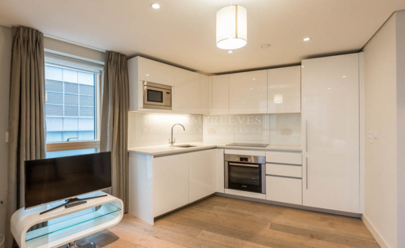 picture of 3 Bedroom(s) flat in  Merchant Square East, Paddington, W2