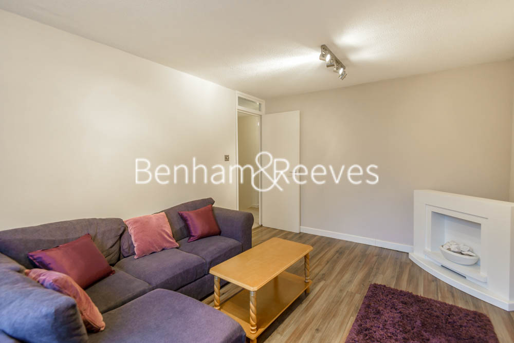 picture of 2 Bedroom(s) flat in  Shire House, Lambs Passage, EC1Y