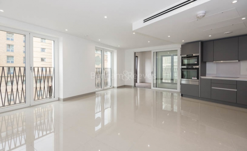 picture of 2 Bedroom(s) flat in  Delphini Apartments, St George Circus, London, SE1