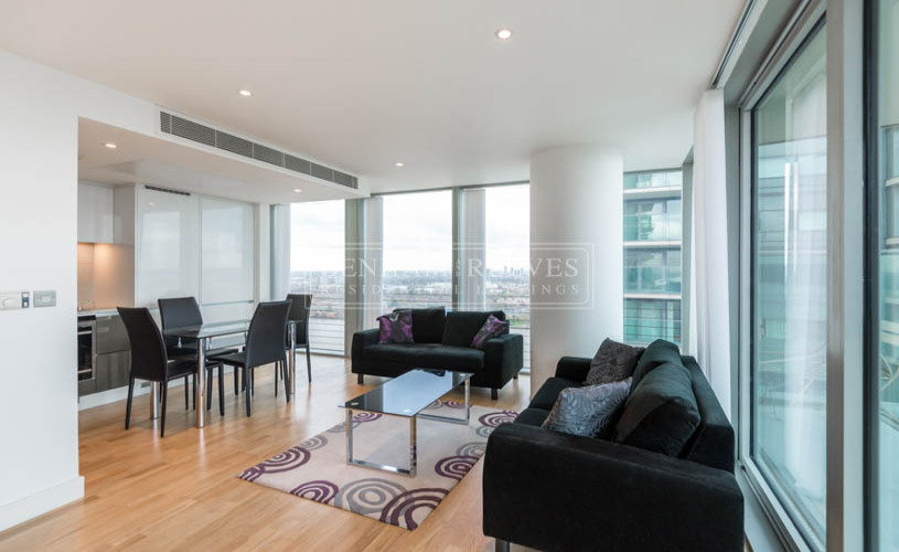 picture of 2 Bedroom(s) flat in  Landmark East Tower, Canary Wharf, E14