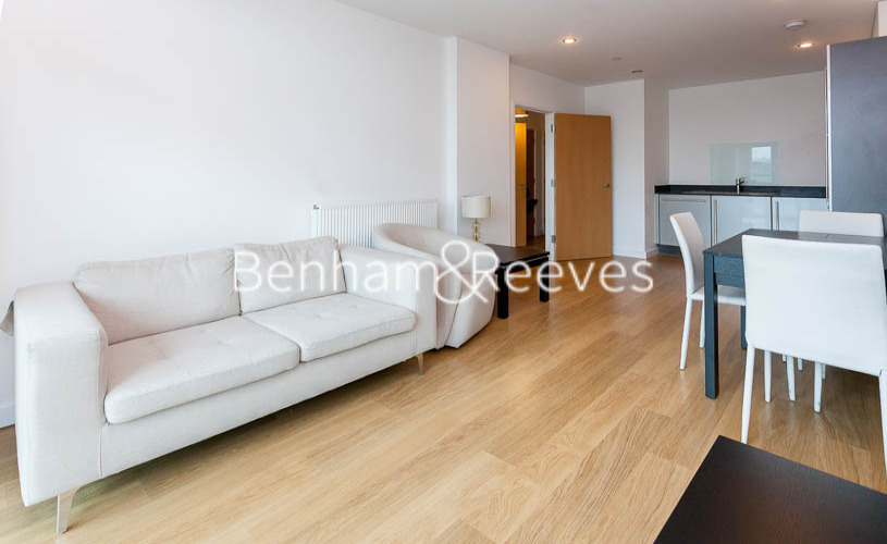 picture of 1 Bedroom(s) flat in  Ross Way, Limehouse, E14