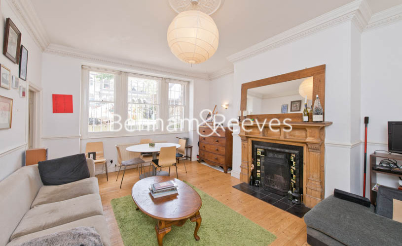 picture of 2 Bedroom(s) flat in  Huddleston Road, Tufnell Park, N7