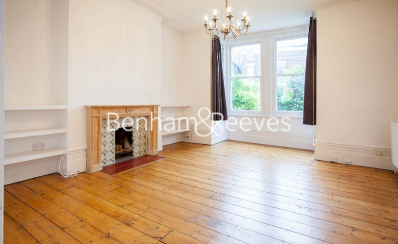 picture of 1 Bedroom(s) flat in  Dartmouth Park Avenue, Dartmouth Park,NW5