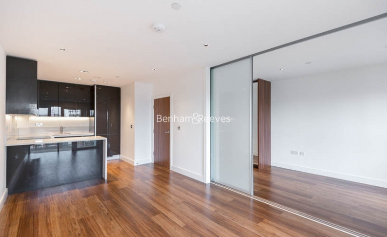 picture of Studio flat in  Dickens Yard, Ealing, W5