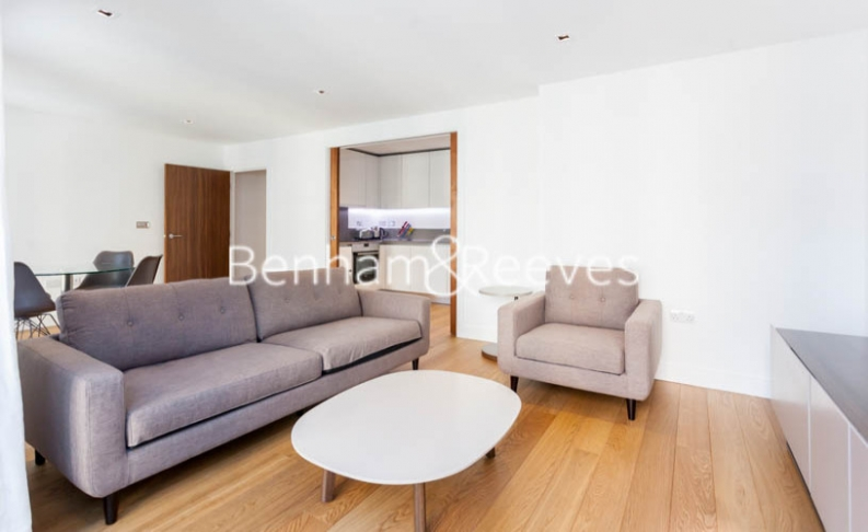 picture of 2-bed flat in  Ealing