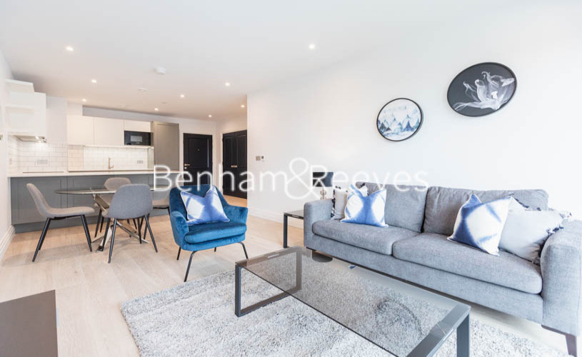 picture of 2 Bedroom(s) flat in  Filmworks Walk, Ealing, W5