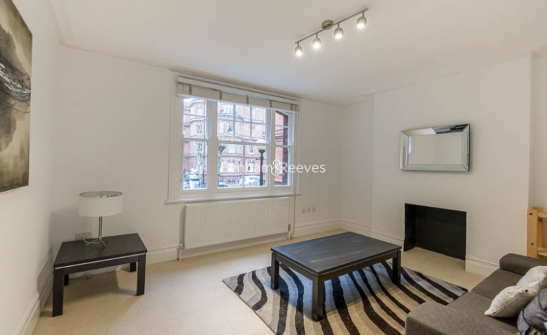 picture of 1 Bedroom(s) flat in  Queen's Club Gardens, Hammersmith, W14