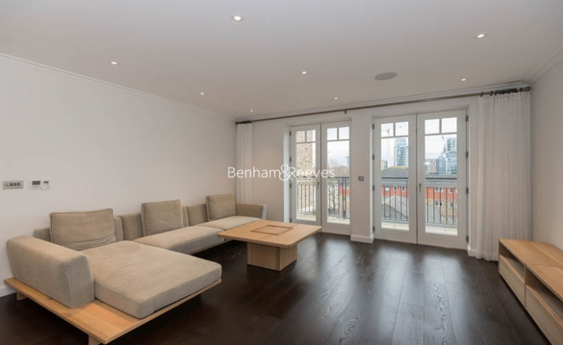 picture of 2 Bedroom(s) flat in  Hurlingham Walk, Fulham, SW6