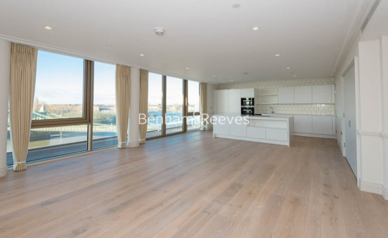 picture of 3 Bedroom(s) flat in  Queens Wharf, Crisp Road, W6
