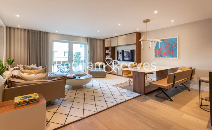 picture of 3 Bedroom(s) flat in  Faulkner House, Tierney Lane, W6
