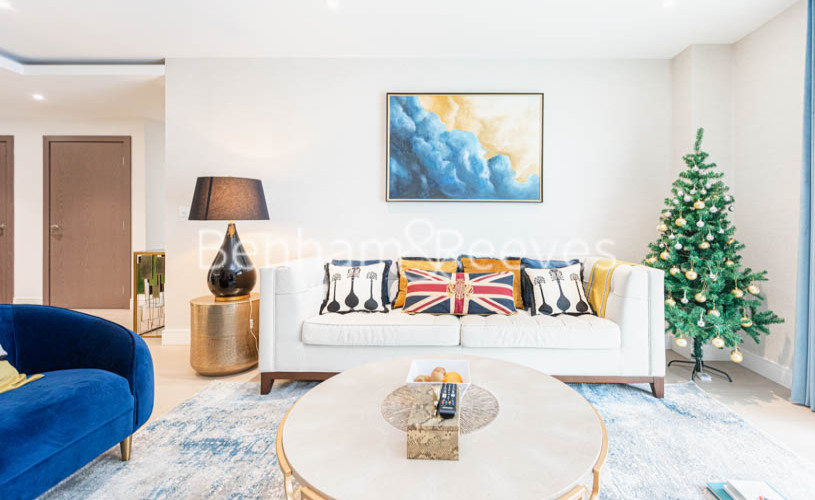picture of 2 Bedroom(s) flat in  Faulkner House, Hammersmith, W6