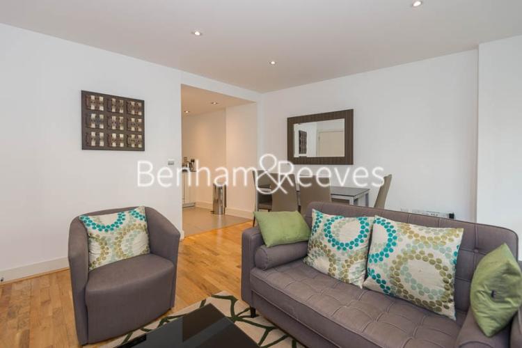 picture of 2 Bedroom(s) flat in  Hooper Street, Aldgate, E1