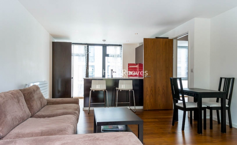 picture of 3-bed flat in  Wapping