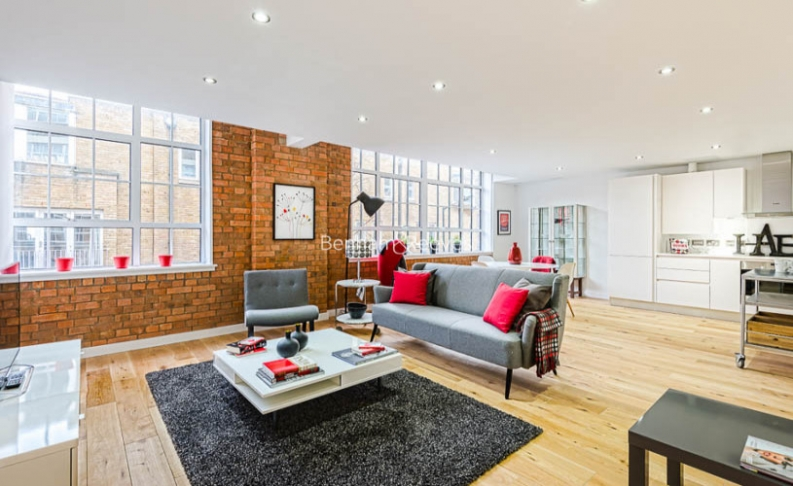 picture of 2 Bedroom(s) flat in  Princelet Street, Spitalfields, E1