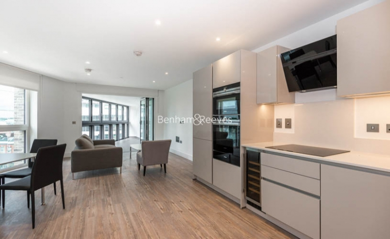 picture of 2 Bedroom(s) flat in  New Drum Street, Aldgate, E1