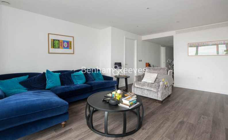 picture of 3 Bedroom(s) flat in  Alie Street, Aldgate East, E1