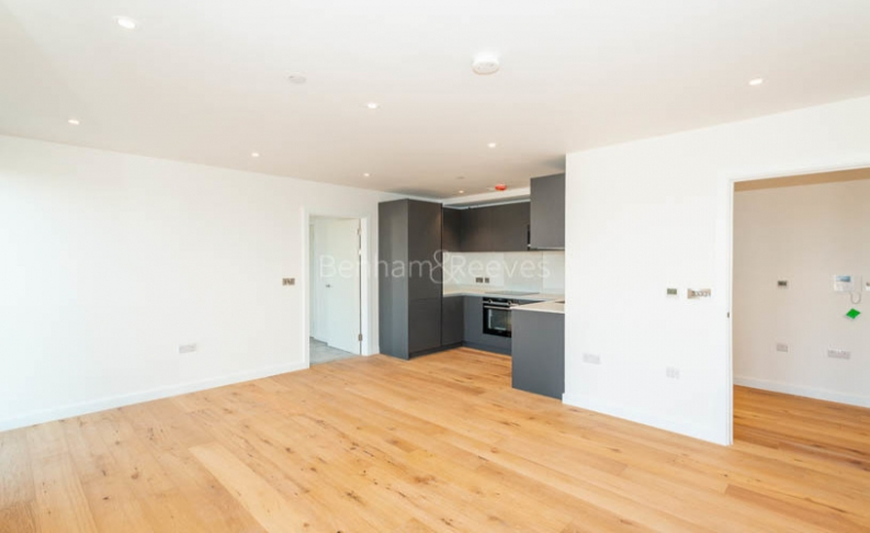 picture of 2 Bedroom(s) flat in  Dock Street, Aldgate, E1