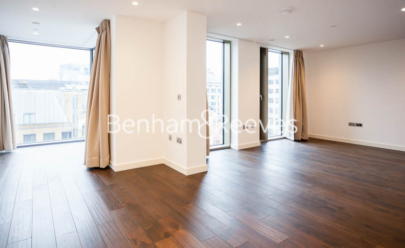 picture of 1 Bedroom(s) flat in  Royal Mint Street, Tower Hill, E1