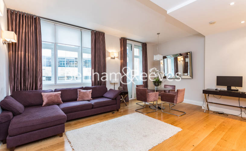 picture of 3 Bedroom(s) flat in  The Wexner Building, Middlesex Street, Spitalfields, E1