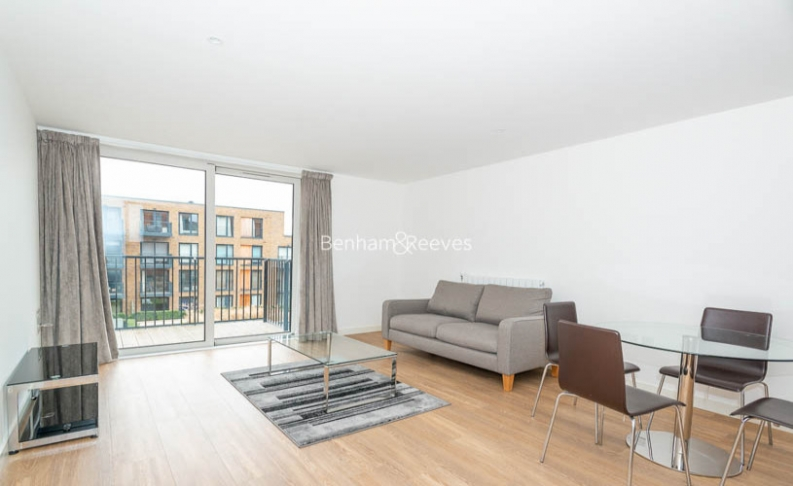 picture of 1 Bedroom(s) flat in  Royal Victoria Gardens, Surrey Quays, SE16