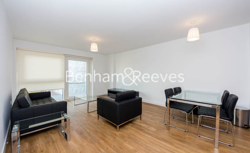 picture of 2 Bedroom(s) flat in  Naomi Street, Surrey Quays, SE8