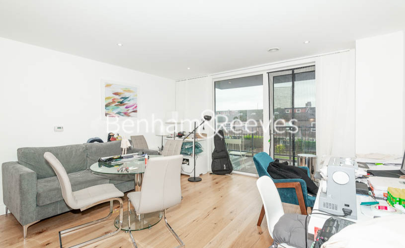 picture of 1 Bedroom(s) flat in  Aurora Point, Winchester Square, SE8