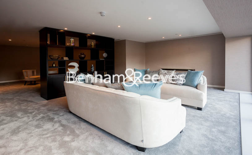 picture of 2 Bedroom(s) flat in  Rosemary Building, Royal Mint Gardens, E1