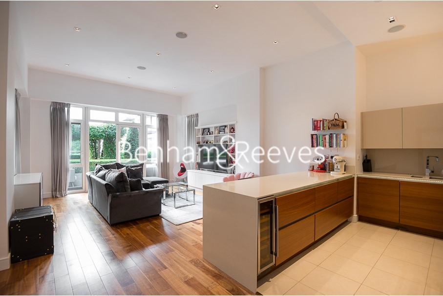 picture of 2 Bedroom(s) flat in  Kew Bridge, Brentford, TW8