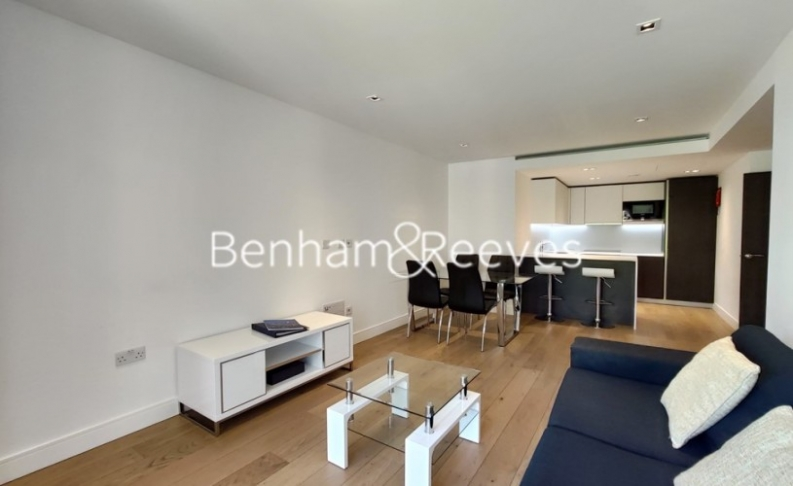 picture of 2 Bedroom(s) flat in  Kew Bridge Road, Kew, TW8