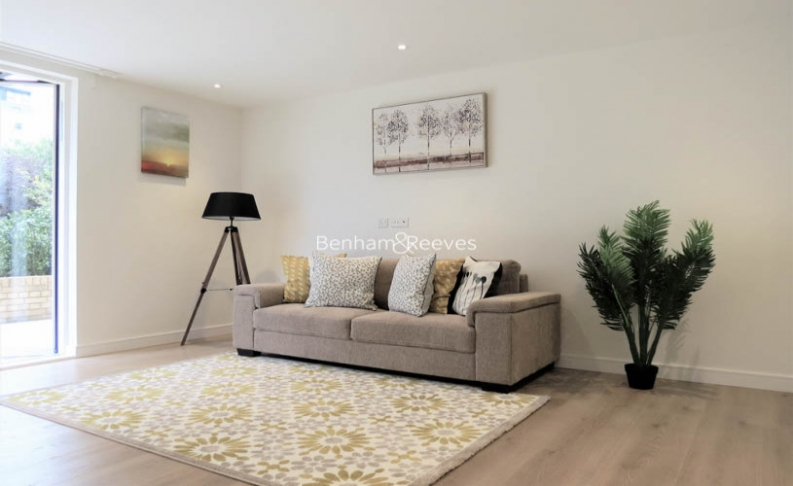 picture of 2 Bedroom(s) flat in  Heritage Place, Kew Bridge, TW8