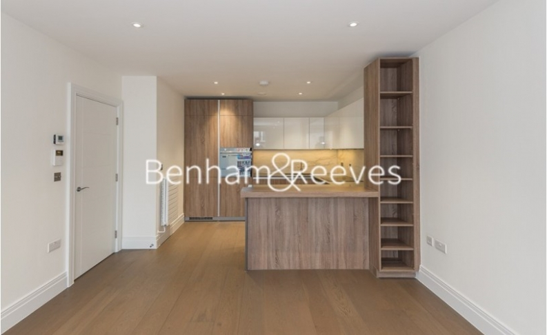 picture of 2 Bedroom(s) flat in  Queenshurst Square, Kingston Upon Thames, KT2