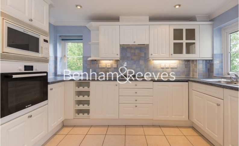 picture of 2 Bedroom(s) flat in  Monet House, Chiswick, W4