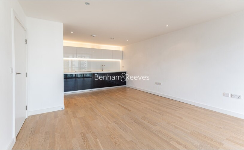 picture of 1 Bedroom(s) flat in  Pump House Crescent, Brentford, TW8