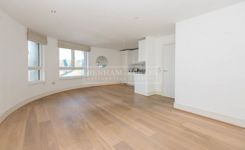 picture of 1-bed flat in  Nine Elms