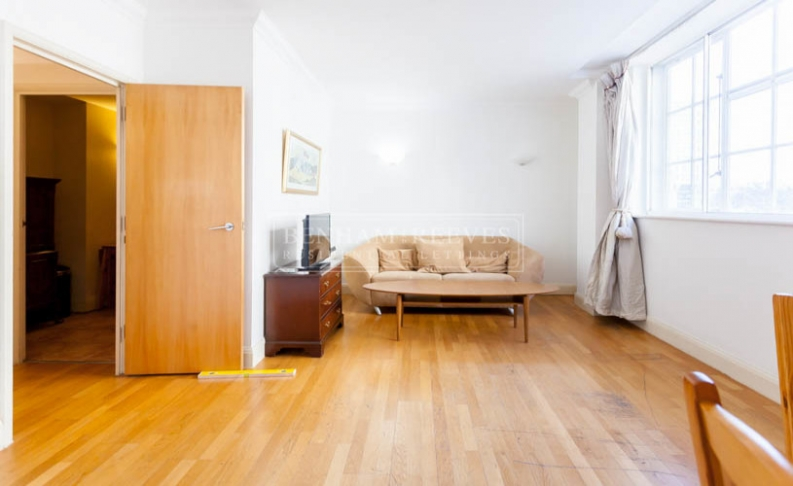 picture of 2 Bedroom(s) flat in  County Hall, Belvedere Road, SE1