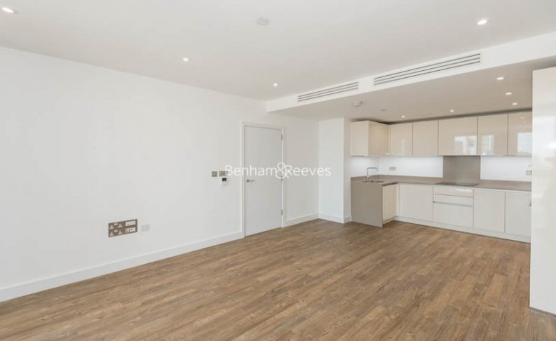 picture of 1 Bedroom(s) flat in  Wandsworth Road, Nine Elms, SW8