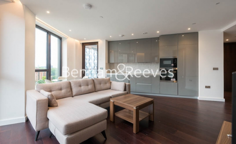 picture of 2 Bedroom(s) flat in  Haines House, Charles Clowes Walk, SW11