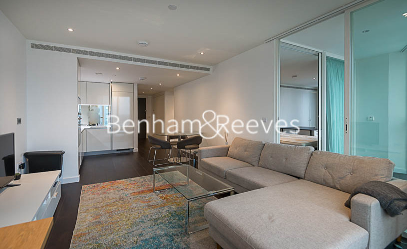 picture of 2 Bedroom(s) flat in  Sky Gardens, Wandsworth Road, SW8