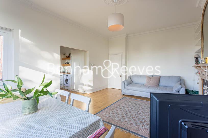 picture of 2 Bedroom(s) flat in  Nassington Road, Hampstead, NW3