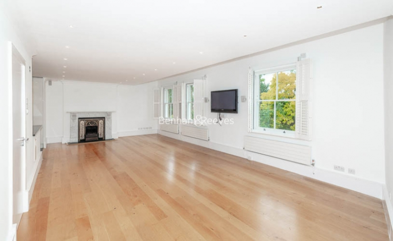 picture of 3 Bedroom(s) flat in  Downside Crescent, Belsize Park, NW3