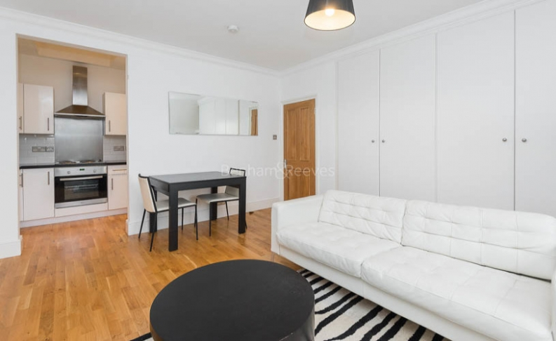 picture of 1 Bedroom(s) flat in  Sutherland Ave, Maida Vale, W9