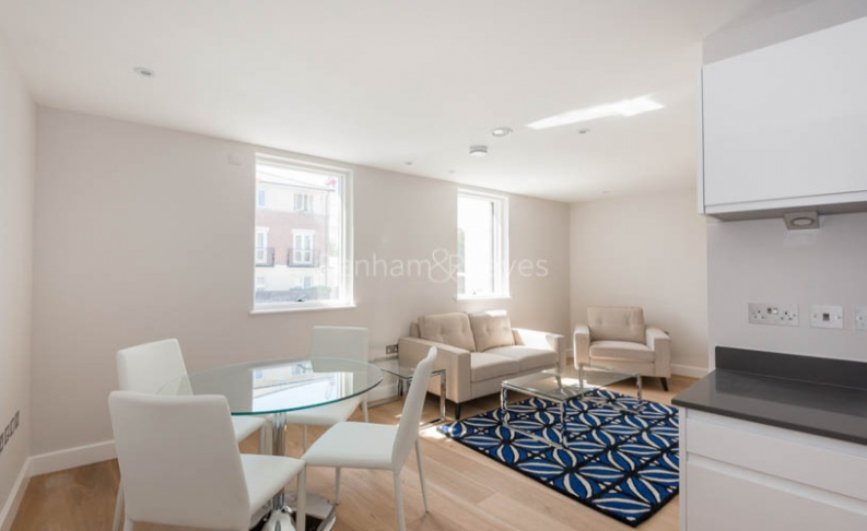 picture of 1-bed flat in  Hampstead