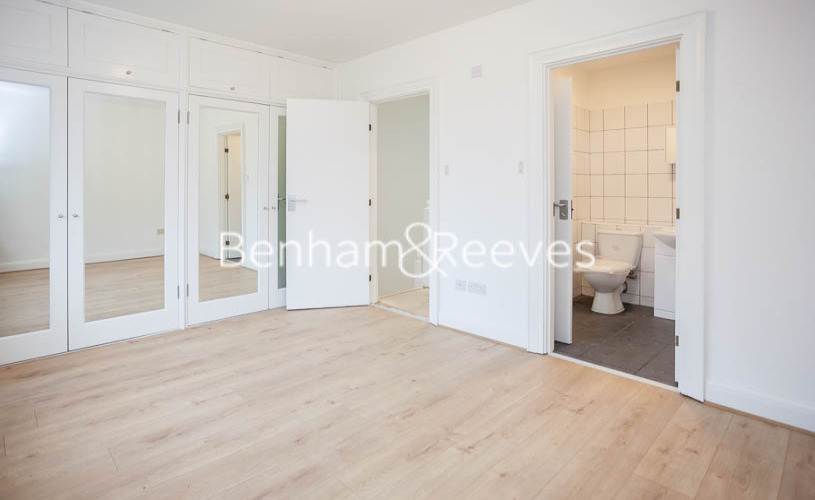 picture of 3 Bedroom(s) flat in  Rosemary Street, Islington, N1