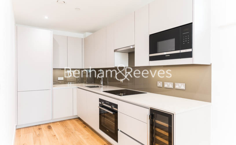picture of 3 Bedroom(s) flat in  Masefield Court ,Maida Vale ,W9