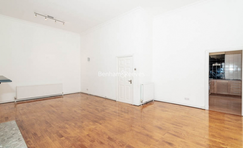 picture of 3 Bedroom(s) flat in  Belsize Park, Hampstead, NW3