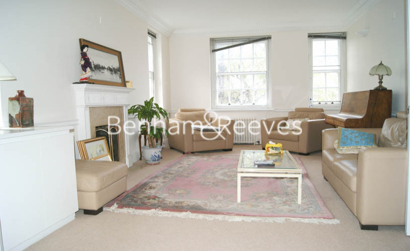 picture of 2 Bedroom(s) flat in  Greenhill, Hampstead, NW3